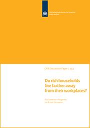 Image for Wonen huishoudens met een hoger inkomen verder weg van hun werkplek?