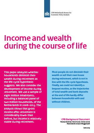 Income and wealth during the course of life