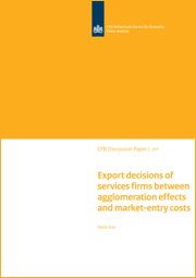 Image for Export decisions of services firms between agglomeration effects and market-entry costs